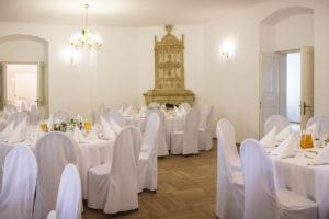 Dworek w Mogilanach i przyjęcie weselne